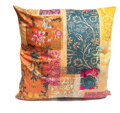 Velvet Cushion Venezia Gold 2