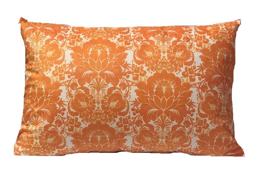 Back of rectangle cushion Orange bird