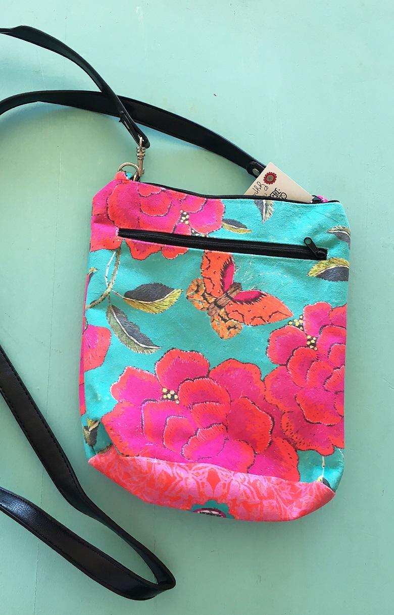 Velvet Shoulder Bag Big Pink Peony on Turquoise leather handle