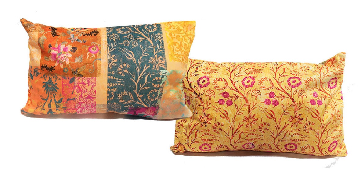 Small Cushion Velvet Venezia Gold