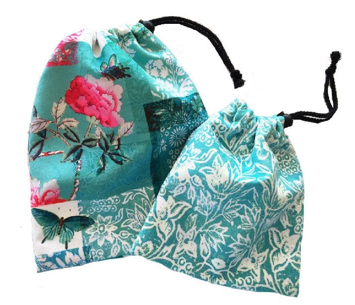 Velvet set of drawstring bags