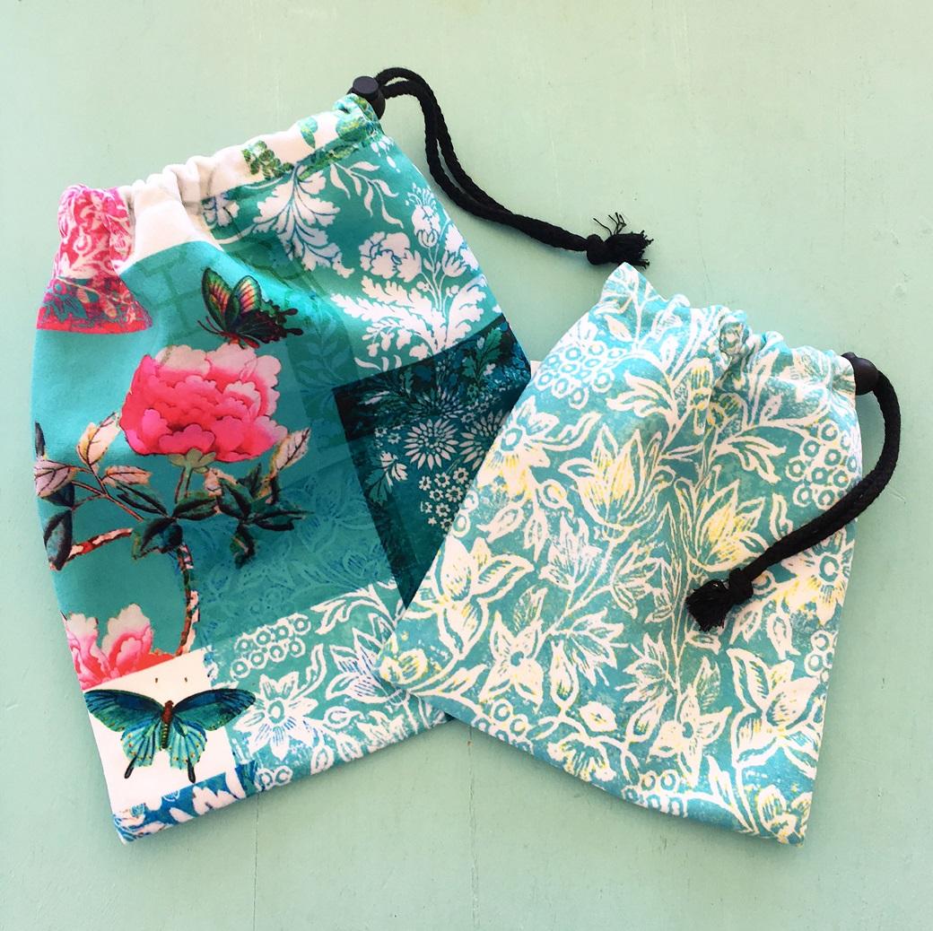 Two set velvet drawstring bags turquoise