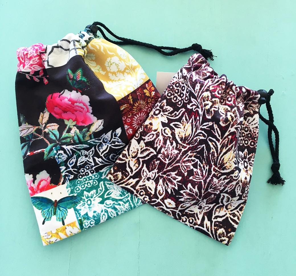 Drawstring Bag Set of 2 in black